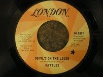 The Rattles - Devil's On The Loose