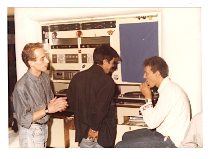 Joan Ribas, Dj Pippi y Alfredo principios de los 80 en la cabina vieja de Pacha Ibiza copy