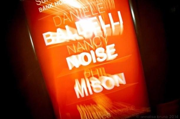 musica noche baldelli blurred